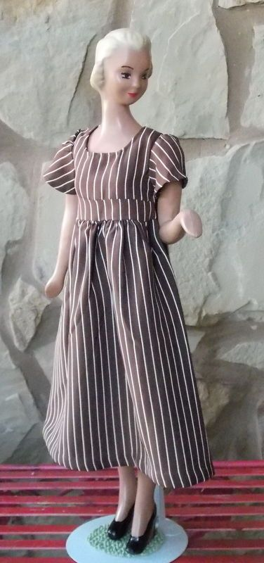 """18"""" Vintage Store Display Counter Mannequin Doll"""