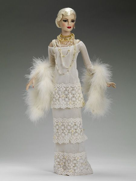 "Platinum Luxury - 22"" American Models by Tonner Doll Company"