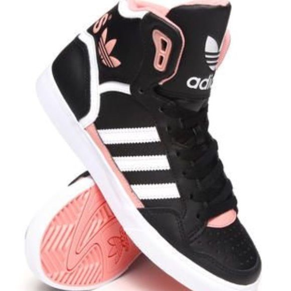 ISO adidas original extaball top ten hi high tops Tag me please! 7 to 8