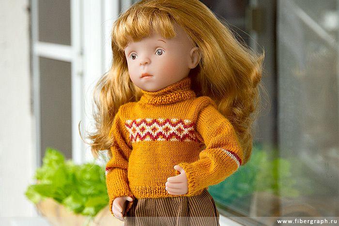 кукла гала в свитере и брюках