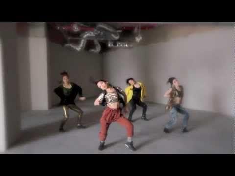 2012 waacking dance I.H.O.W korea j-waack - YouTube