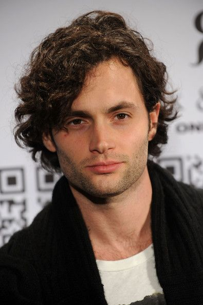 Penn Badgley Age, Weight, Height, Measurements - http://www.celebritysizes.com/penn-badgley-age-weight-height-measurements/