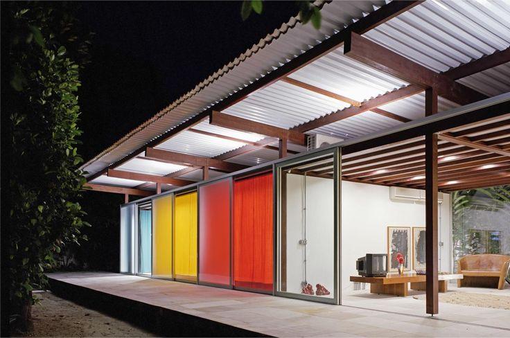 Residência na Barra do Sahy por Nitsche Arquitetos - http://www.galeriadaarquitetura.com.br/projeto/nitsche-arquitetos_/residencia-na-barra-do-sahy/643