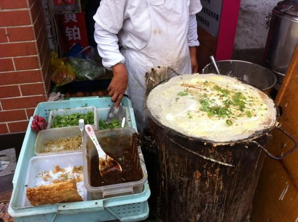 Jian bing - savoury Chinese pancakes - Something I ate almost every morning in Xi'an...how I miss this!!!