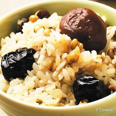 梅子紅棗飯食譜 - 種子核果類料理 - 楊桃美食網 專業食譜