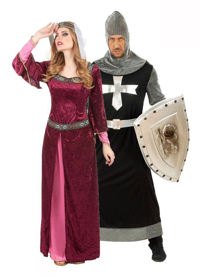 Disfraz de pareja de rey y reina medievales: Disfraz de reina medieval para mujer. Este disfraz de reina medieval para mujer se compone de un vestido largo y una corona. El vestido es de imitación de terciopelo y es muy...