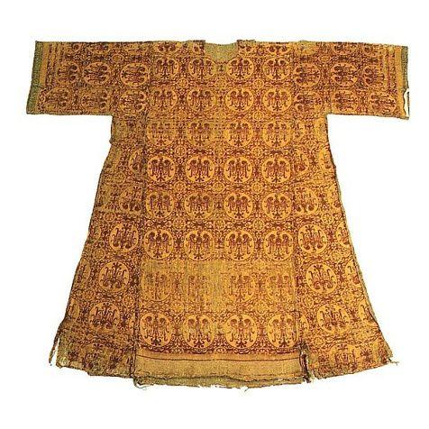 Empress Mathylda's tunic (1102-1167) deposited at Ambazac Paris Church. Source: livinghistory. elizabethchadwick.blogspot.cz