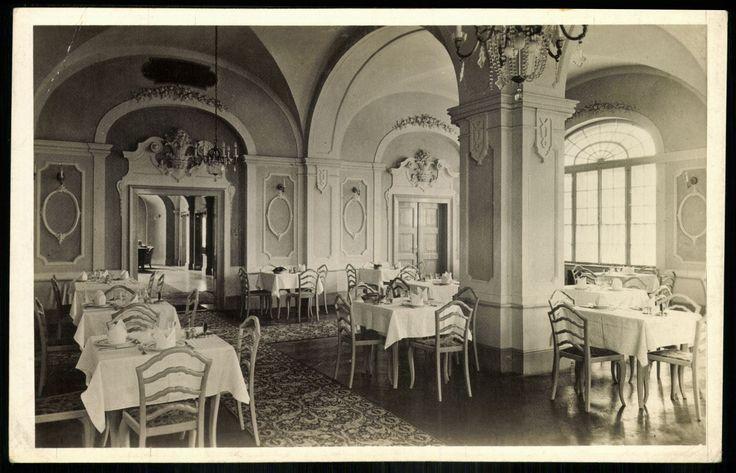 Eger, a városi Korona szálló fehér étterme  [Korona tér 1.] - mai Park Hotel, Klapka György utca