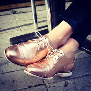 You don't need rose colored glasses to see the beauty in these #women's #oxfords.