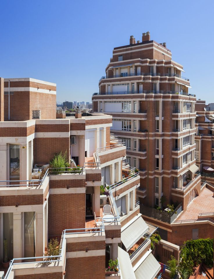Olympic Village Apartments   Ricardo Bofill Taller de Arquitectura