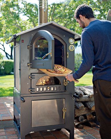 Williams-Sonoma Fontana Gusto Wood-Fired Outdoor Ovens, want!