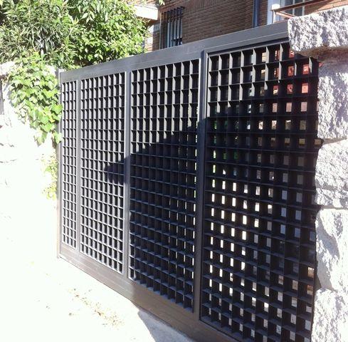 M s de 1000 ideas sobre puertas garaje en pinterest for Puerta garaje metalica