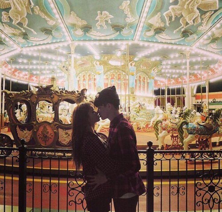 Tem amor que nasceu para durar uma vida inteira, tipo o meu por você ❤️