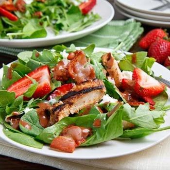 strawberry and balsamic glazed chicken saladBalsamic Grilled, Grilled Chicken Salad Recipe, Chicken Salads, Food, Strawberries, Summer Salad, Closets Cooking, Chickensalad, Chicken Salad Recipes