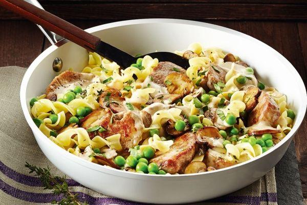 Pork+Tenderloin+With+Mushroom+Gravy+and+Egg+Noodles