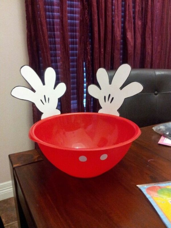 Mickey mouse birthday party. Chip bowl.