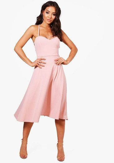 Yasmin Tie Back Detail Midi Skater Dress by Boohoo. Dresses are the most-wanted wardrobe item for day-to-night dressing. From cool-tone whites to block brights, we've got the everyday skater dresses and party-ready bodycon styles that are perfect for transitioning from day to play. Minis,... #boohoo #dresses
