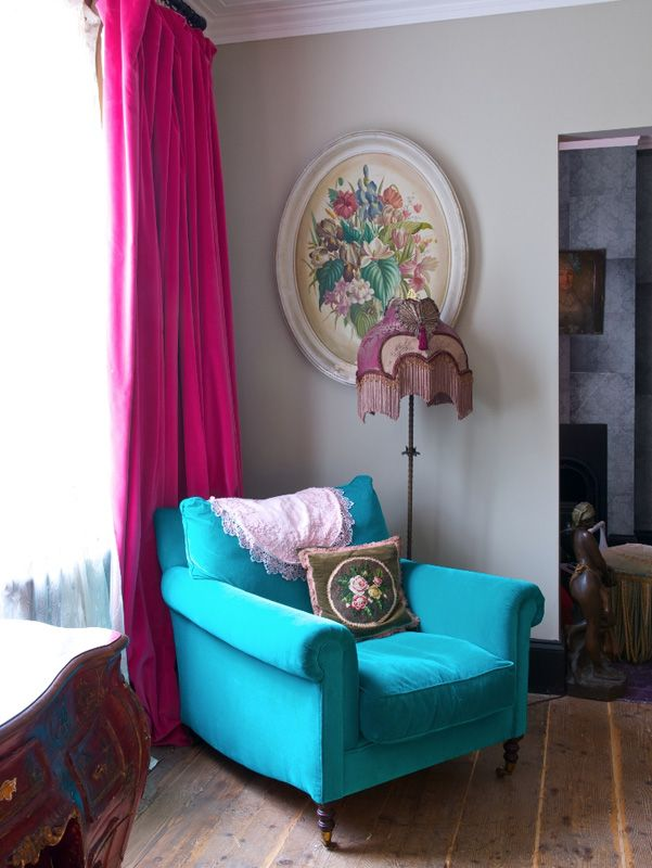 GORGEOUS turquoise velvet chair and hot pink velvet drapes
