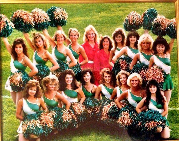 80's Cheer Team