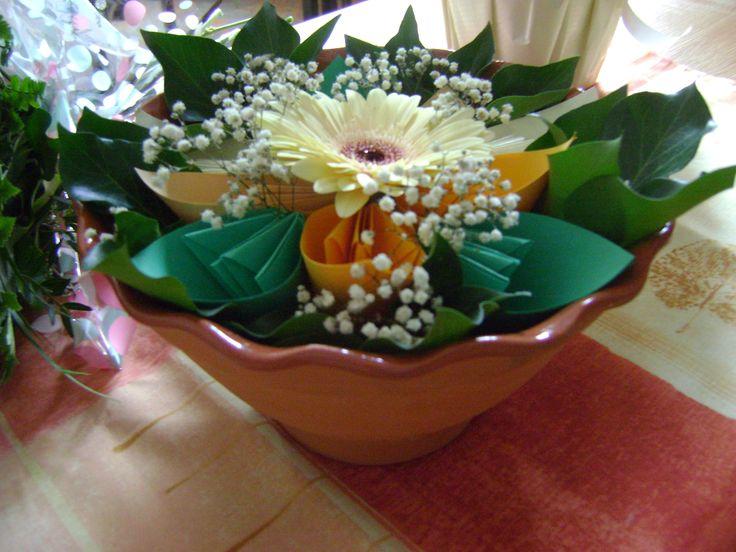 Ballagásra készítettem,  asztali virágcsokornak(papír+élő virág együtt)