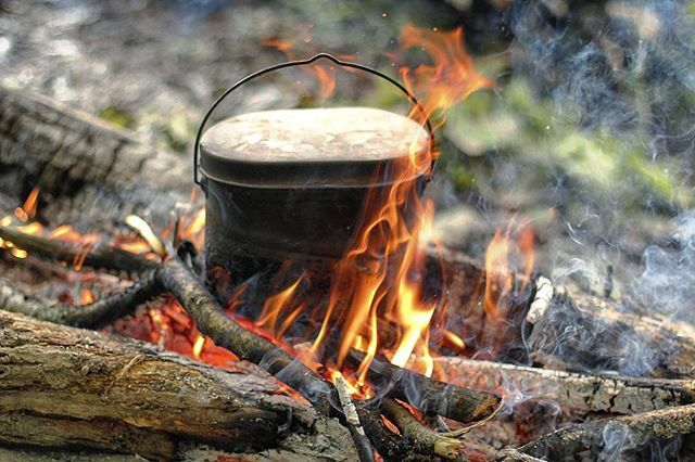 #cup #kettle #tea #чай #кружка #bushcraft #pinetree #husky #survival #stones #wood #nature #forest #wild #natural #outdoor #палатка #wood #wildlife #river #my #lake #природа #пейзаж #landscape #free #sunset #journey #free #travel #mug