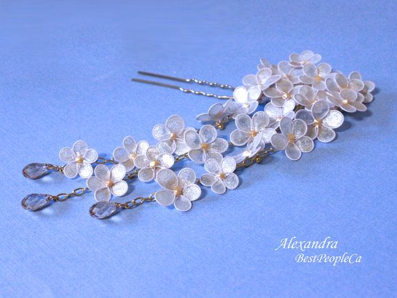 Japanese Tsumami Kanzashi White Flowers Resin Hair by BestPeopleCa