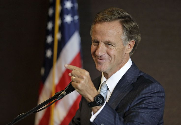 Tennessee Gov. Bill Haslam speaks at the Tennessee Press Association convention Wednesday, Feb. 22, 2017, in Nashville, Tenn. (AP Photo/Mark Humphrey)