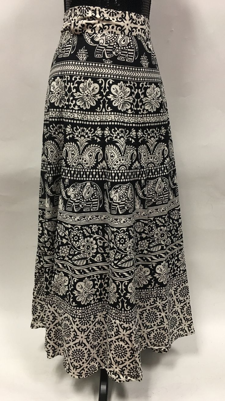 Long Indian Wrap Skirt in Cotton with Elephant and Camel Vintage Print - Black