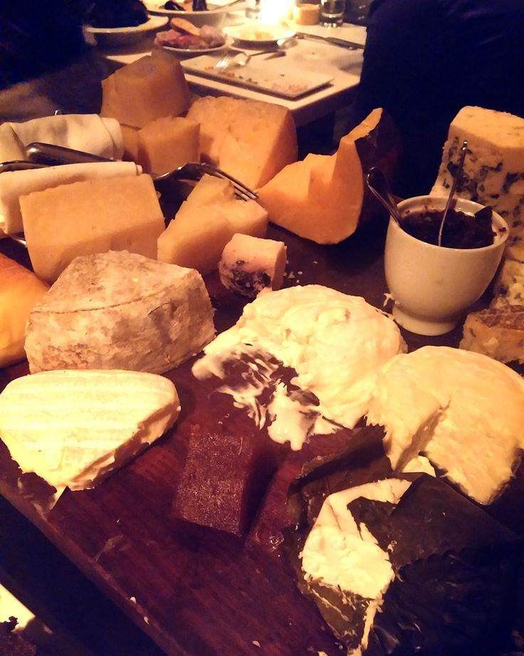 The cheese plate atCleveland's French stalwartL'Albatros(11401 Bellflower Rd.) isthe best one we have ever tried.Usually, when you order a cheese plate at a restaurant, you get a s…