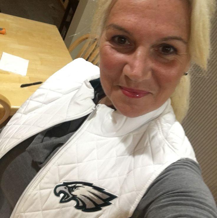 In Seattle for the Eagles/Seahawks game #eaglenation #flyeaglesfly #bleedgreen #eaglemania #lovemyeagles #carsonwentz #Eaglefanforlife #lovemyEagles #eaglespride #eaglestrong #philadelphiaeagles