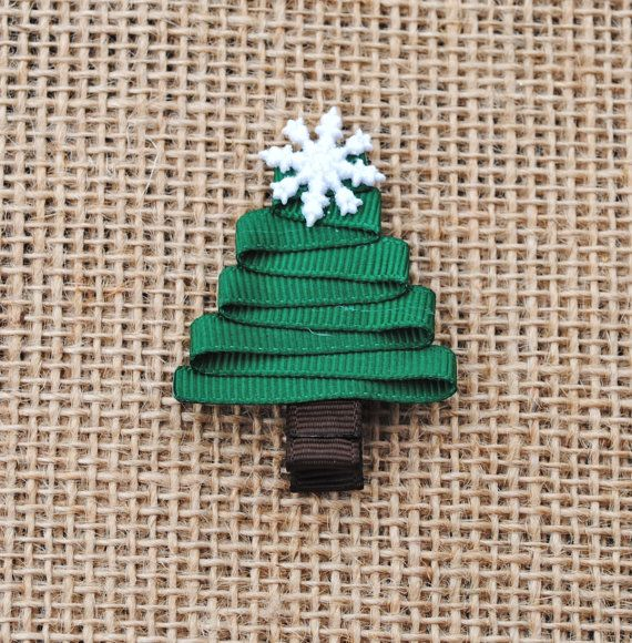 Christmas Tree Ribbon Sculpture Hair Clip