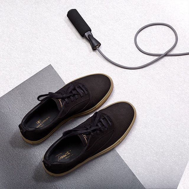 The art of feetness. Sport 2.0 - Black Gum Edition  For man and woman. -  #teasing #gcparis #french #shoes #paris #garconneetcherubin #fashion #style #streetstyle #mode #satin #motd #ootd #cute #cuteoutfit #metoo #derbies #vernis #patent #shine #celebrities #celebstyle #hype #fitness #gymlib #;) #rope #crossfit #gym #neoness #stayfit