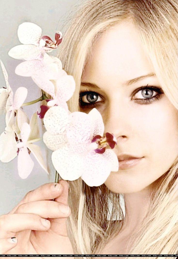 Avril Lavigne!! Una perfección en persona!!! <3 <3
