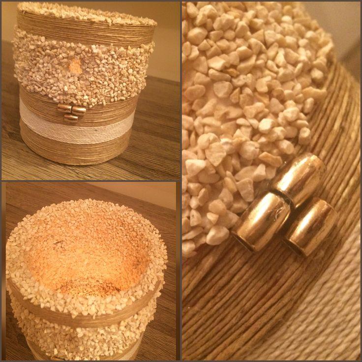 Κατασκευές- Κερί κουφωτο  με σπαγγο και βότσαλα diy