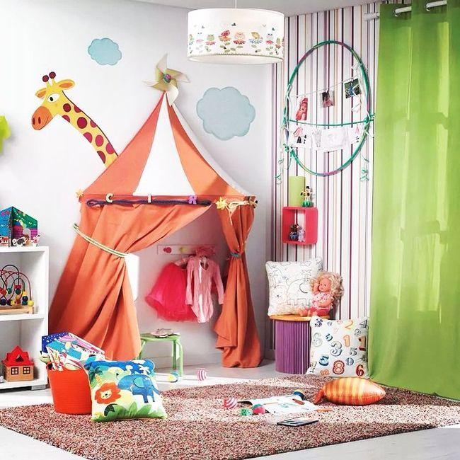 Decorar una habitación infantil es la oportunidad perfecta para que liberes tu creatividad y te dejes llevar por alguna elección más osada, que seguramente n...
