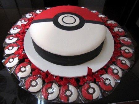 Idea para decorar torta como Pokebola - http://xn--manualidadesparacumpleaos-voc.com/idea-para-decorar-torta-como-pokebola/