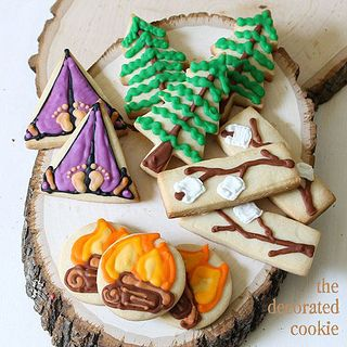 Wow! I love these camping cookies!!!!! I NEED to make these! ;)