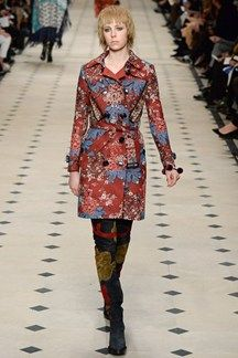 See the Burberry autumn/winter 2015 collection