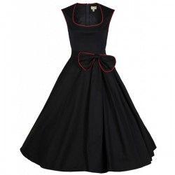 Onze Grace jurken zijn al tijden een hit bij alle maten! Het lijfje loopt net boven de taille uit in een volle rok, waarvan aan de linkerkant middels ...