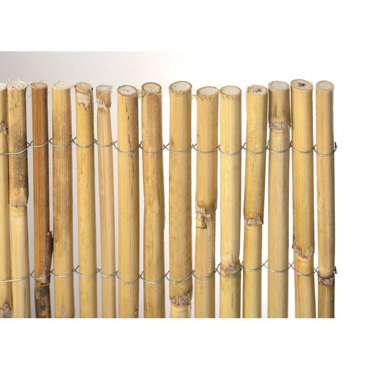 Insynsskydd med snygga detaljer! Ett vind- och insynsskydd i bambuatt sätta på balkongen eller uteplatsen för att skilja av mot till exempel grannar och