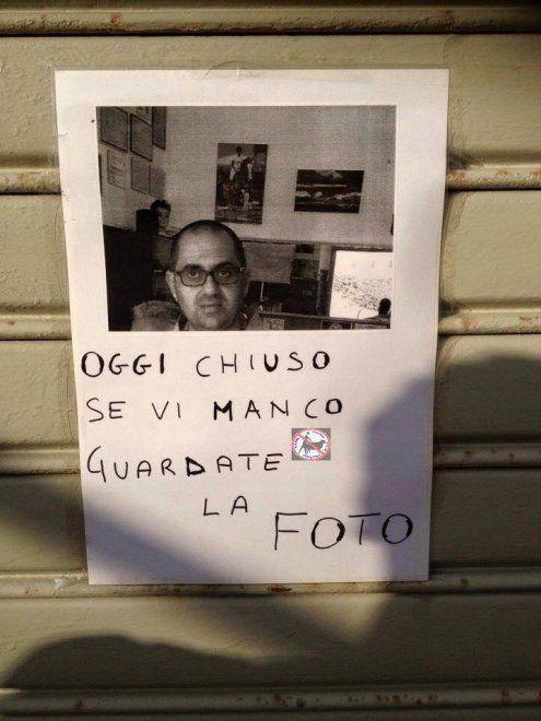 I cartelli sono surreali: l'ironia delle affissioni raccolta sul web