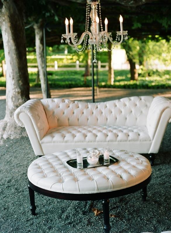 Reverie Magazine Winter 2012 // Real Wedding Inspiration // http://reveriemag.com // Photography by Elizabeth Messina