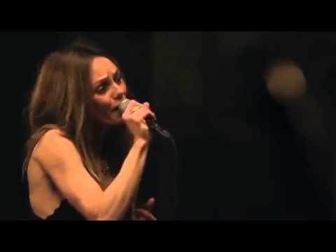 Vanessa Paradis & Benjamin Biolay -  Le Rempart