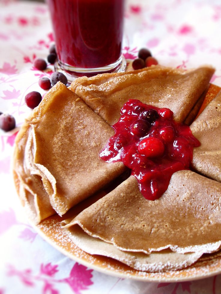 VEGAN CREPES 1/2 cup soy milk  1/2 cup water  1/4 cup melted soy margarine  1 tablespoon turbinado sugar  2 tablespoons maple syrup  1 cup unbleached all-purpose flour  1/4 teaspoon salt. Personal note: I am assuming non soy items will work fine here.
