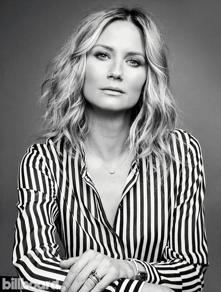 Jennifer Nettles- Hair & Makeup by Meredith Baraf