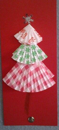 Cupcake paper Christmas tree