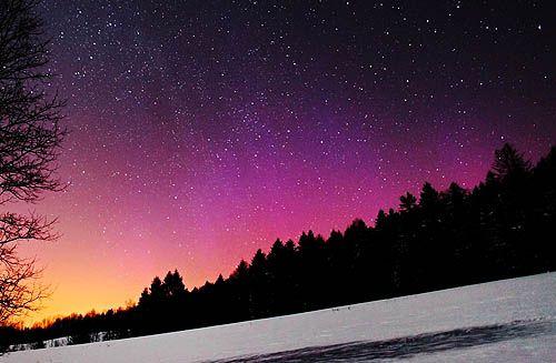 Aurora over Bieszczady mountains. Amazing visual experiences. #bieszczady #mountain
