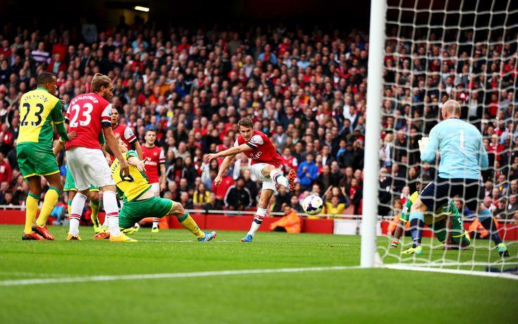 Aaron Ramsey scores against Norwich City