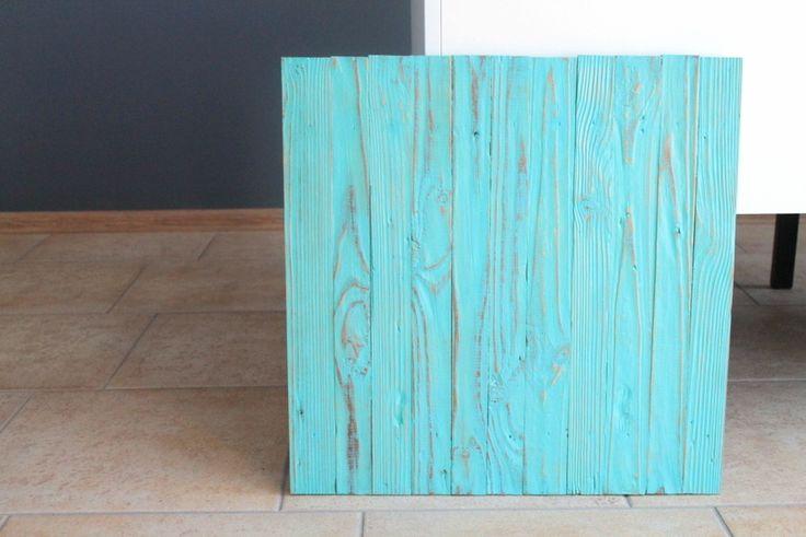 Деревянный фото-фон, мятный 50х50см
