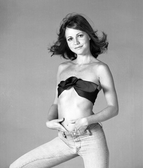 Who could forget the lovely brunette that co-starred in the famous film Smokey and The Bandit with the legendary Burt Reynolds. Sally Field started as a TV actress in the early 60's, appearing in the famous Gidget series. With her big, radiant smile, Field didn't hesitate to show her range as an actress going from comedic roles to very serious dramatic roles. Her natural beauty earned her a spot on many, many reputable lists of Hollywood's most beautiful leading ladies.
